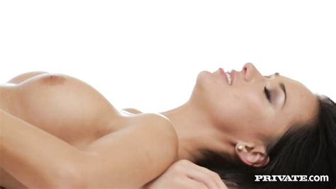 Sex massage videos jpg 600x338