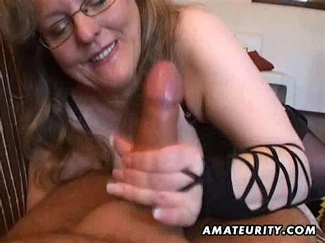 mature wife free handjob jpg 488x366