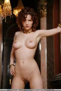 nude still photos jpg 683x1024